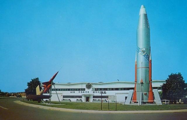 Dayton Air Force Museum Historic Postcard Atlas