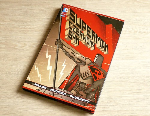 DC Deluxe 11 Syperman Czerwony Syn