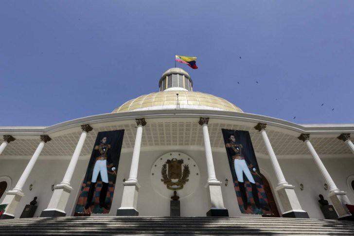Asamblea Nacional anuncia que reactivará juicio a Maduro