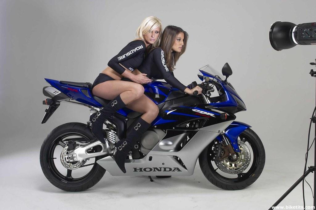 Moto Girls Honda Cbr 1000  Wiskito  Flickr-9641