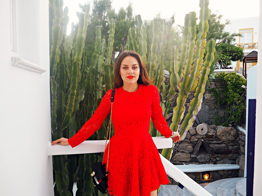 The Little Magpie H&M red lace dress