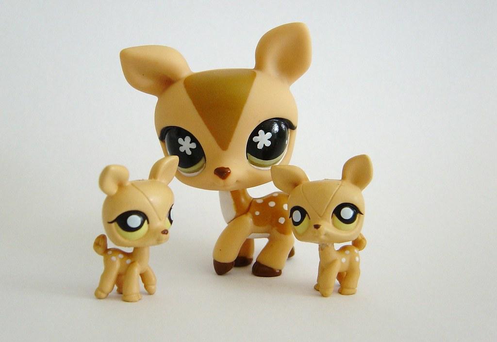 Mini LPS Deers & LPS Deer | maria soares | Flickr