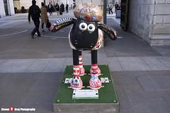 LITERARY LAMB No.24 - Shaun The Sheep - Shaun in the City - London - 150512 - Steven Gray - IMG_0428