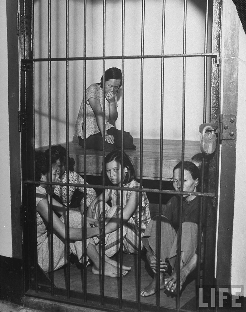 2 girls in prison 2 of 2 - 1 9