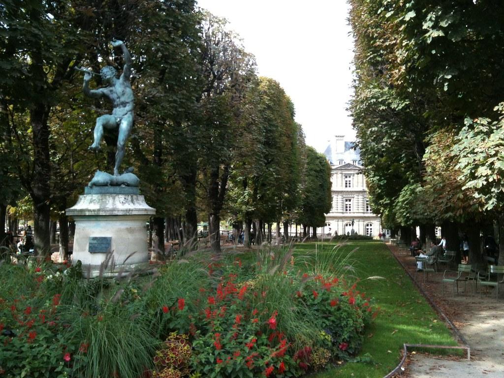 Paris 2012 jardines de luxemburgo paris 2012 for Jardines de luxemburgo paris