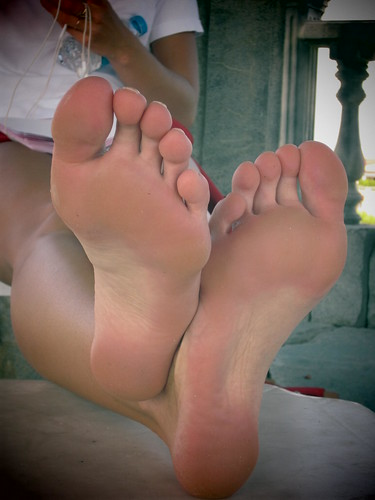Guys, Do Any Of You Have A Foot Fetish - Girlsaskguys-5079