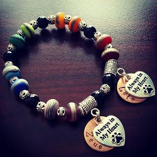 Best Mothers Day present ever 💜 #threescoopsofvanilla #rainbowbridge bracelet ❤ Zeus ❤ Lola ❤ #alwaysinmyheart #missthem #cancerbites #ilovemydogs