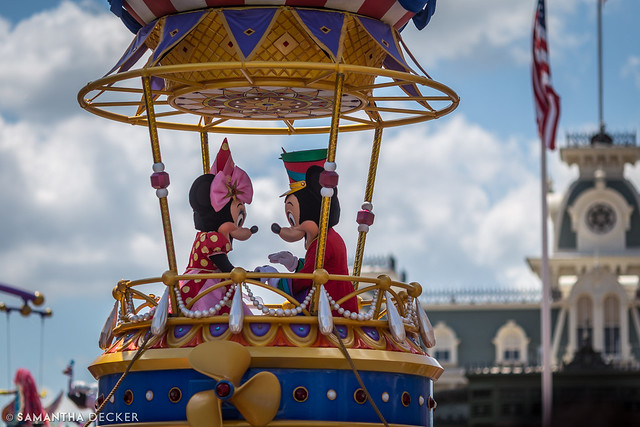 Mickey & Minnie:  Festival of Fantasy Parade