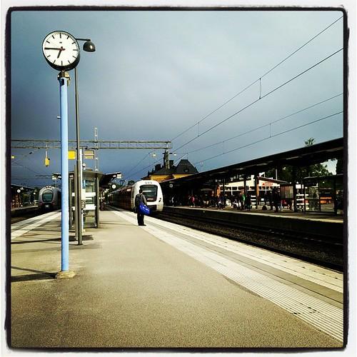 Synd att jag inte ska till Linghem/Norrköping, för då hade jag redan varit på väg. Det är strålande kylskåp här nu.