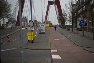 Rotterdam Cycle Track on Bridge_1 | by Mikael Colville-Andersen