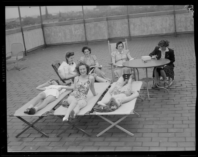 Wwii Girls On Sun Deck Franklin Square House Flickr Photo Sharing