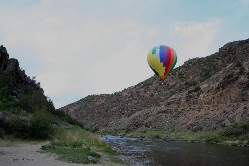 Balloon Tour of the Rio Grande Gorge, New Mexico