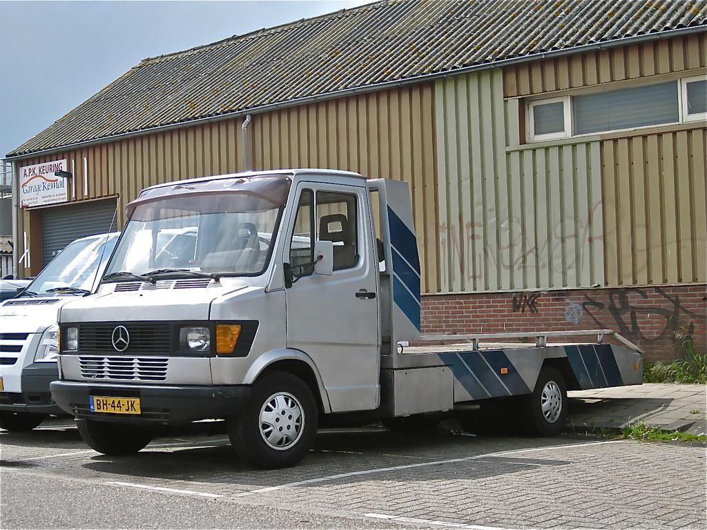 1983 mercedes benz 309d auto ambulance 5 cylinder diesel for Mercedes benz 309d
