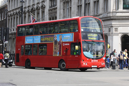 Arriva London South DW80 LG04LGY