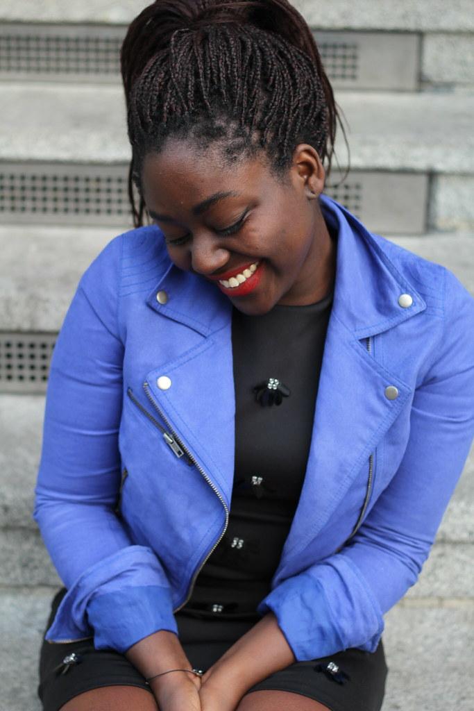 Lois Opoku blue jacket ootd lisforlois