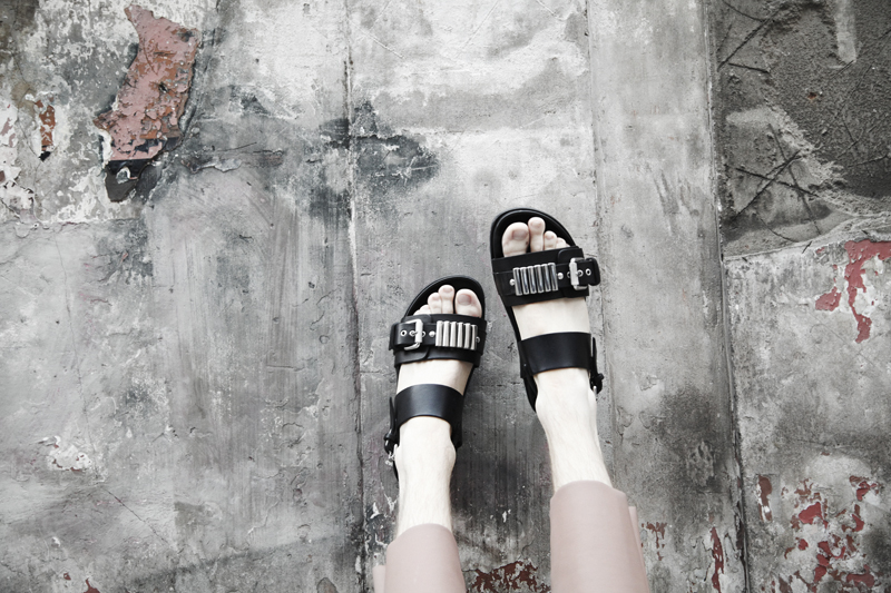 mikkoputonen_fashionblogger_london_mcq_sandals_acnestudios_cos8_web