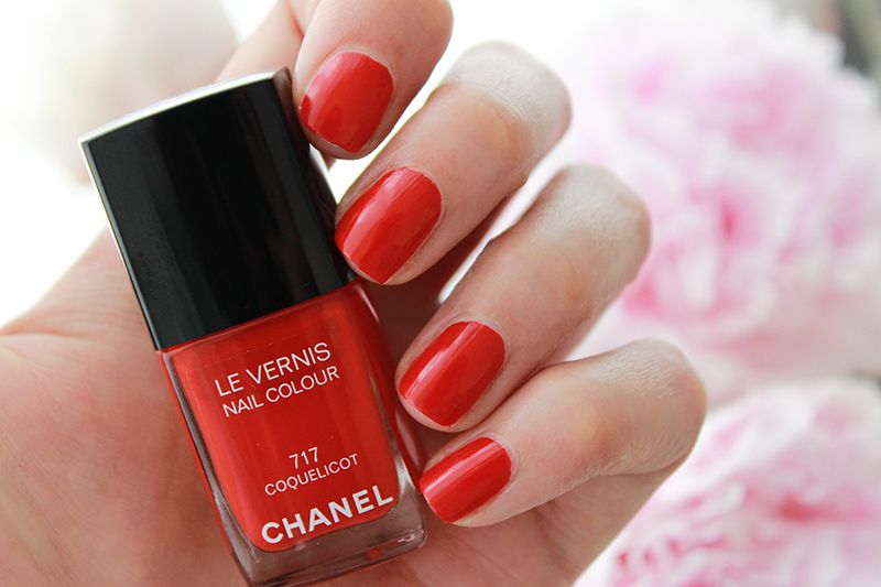 Chanel Le Vernis in Coquelicot