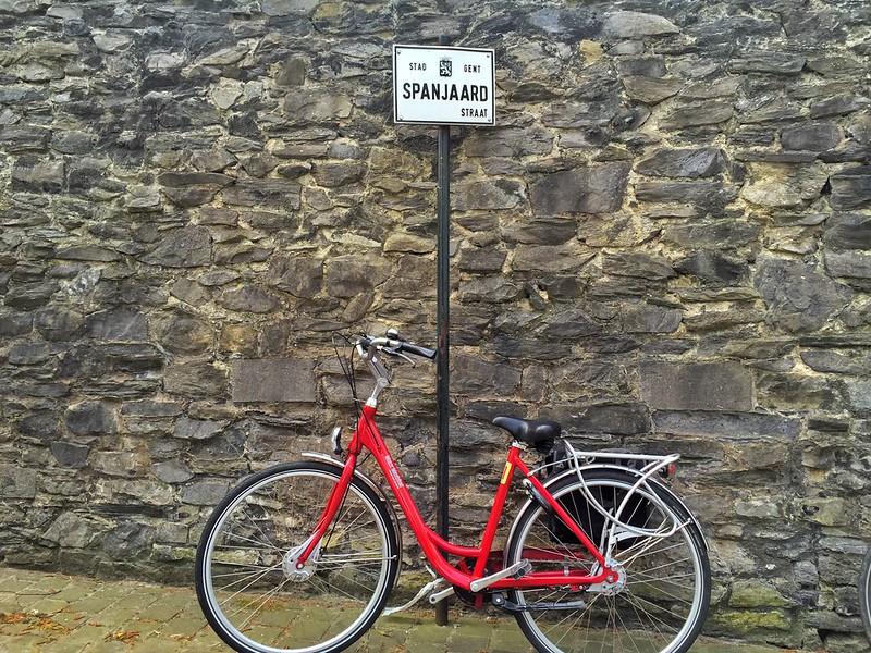 Bicicleta en Spanjiaarstraat (Gante)