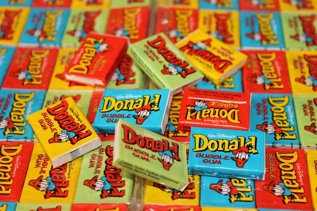 Donald legend bubble gum   Donald Maple Leaf sealed bubble ...
