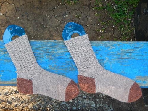 носки на спицах с пяткой задним числом | horoshogromko.ru