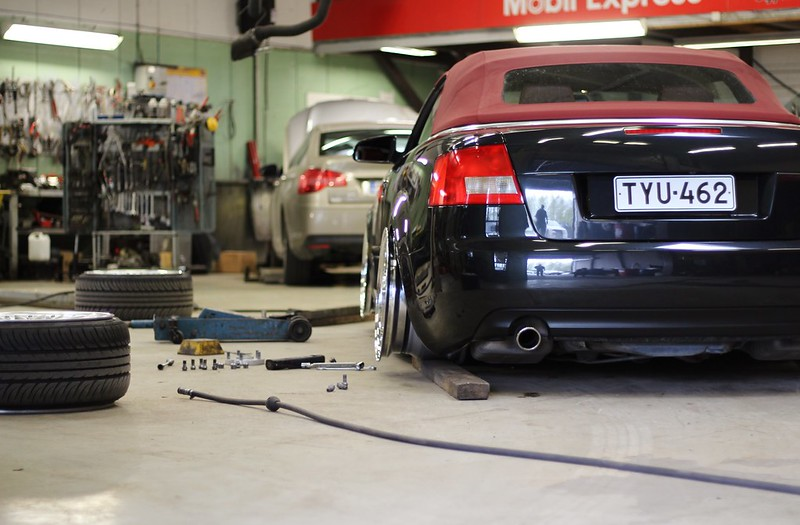 jusni: Audi A4 Bagged Bathtub - Sivu 3 17545859258_d83d0b28b6_c