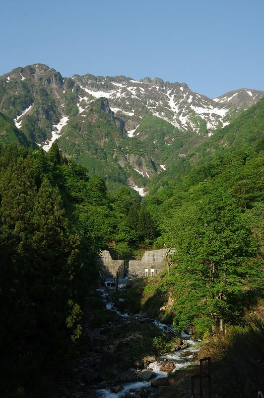 八海山の雪融け水_201505_NO2