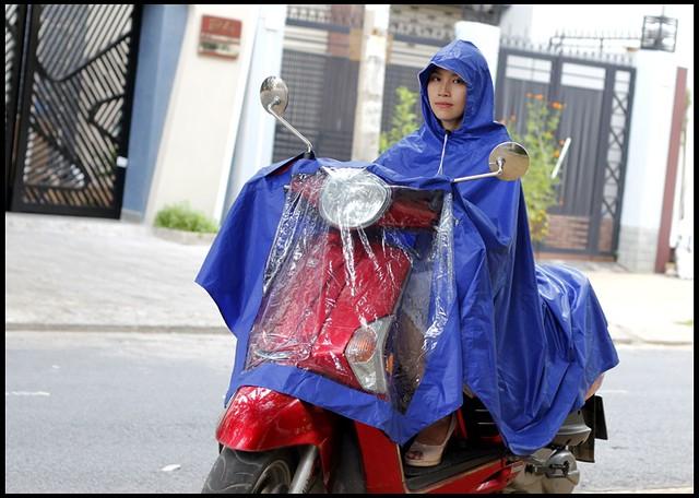 Áo mưa vải dù cực rộng, đi được 2 người, giá siêu tốt mùa mưa! - 3