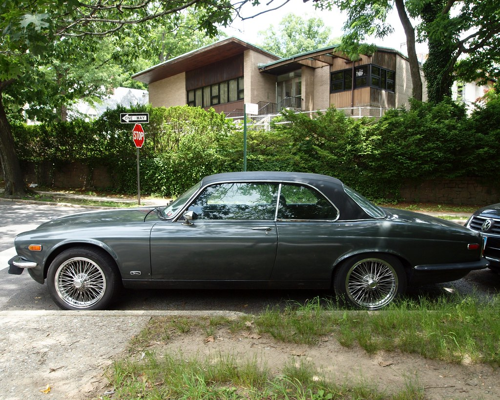 1976 Jaguar XJ Coupe, Fieldston, Bronx, New York City | Flickr