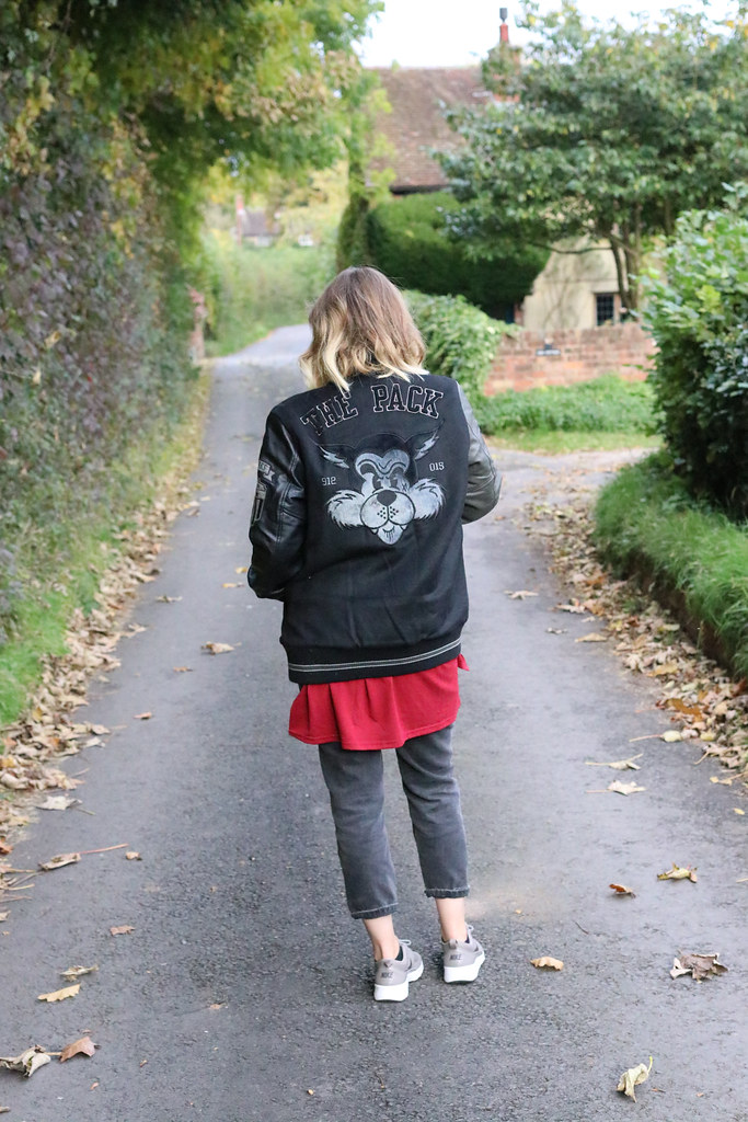 nineliveslondon,nine lives,nine lives bomber,katelouiseblog,ootd,outfit of the day,street style,mom jeans,new look,nike thea, A/W '16,