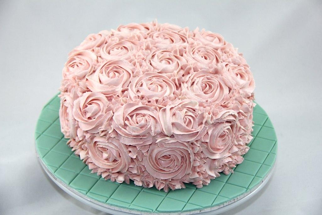 Buttercream Rose Cake For An 80th Birthday High Tea Ligh Flickr