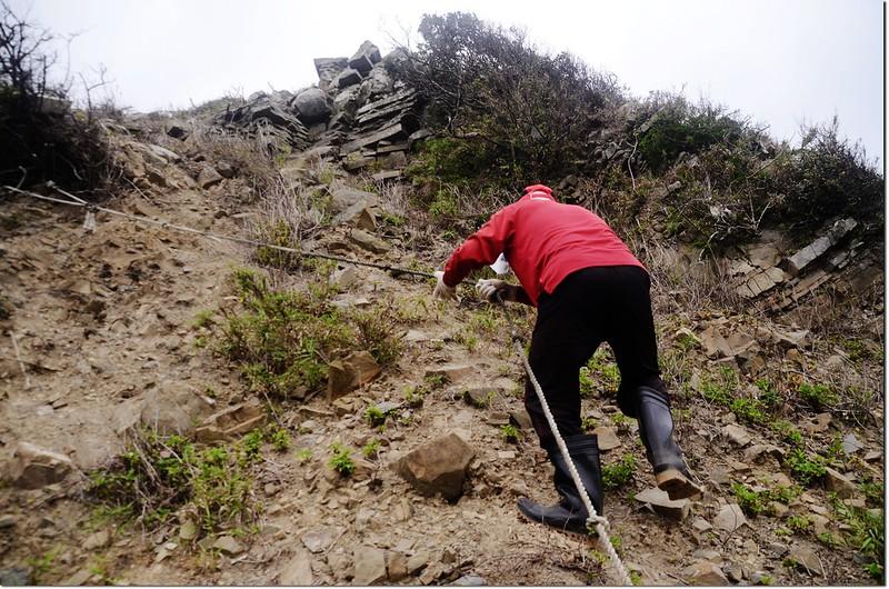 虎頭山登山途中崩塌地形 1