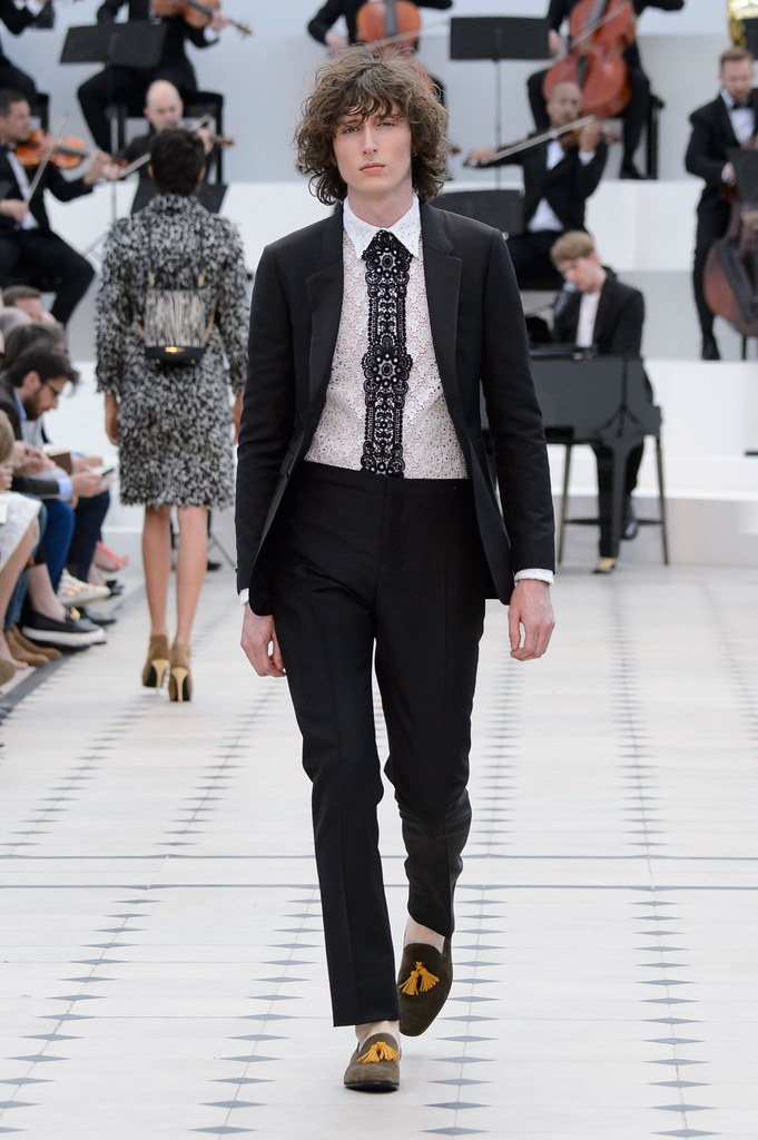 SS16 London Burberry Prorsum038(fashionising.com)