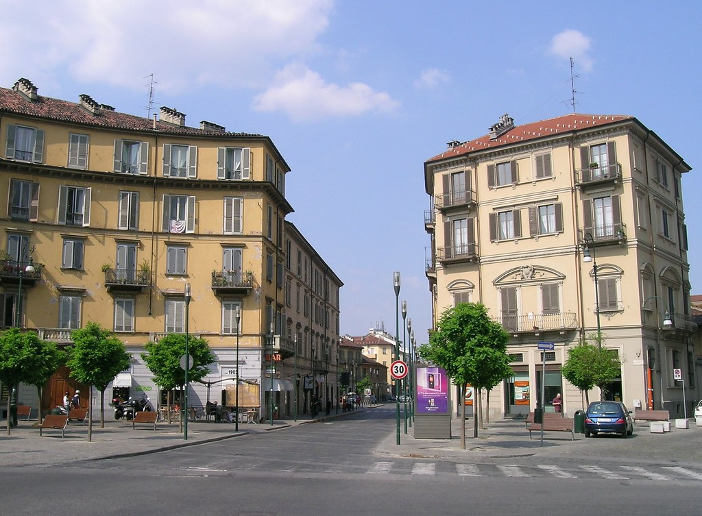 Piazza borgo dora a torino luca galli flickr for Borgo dora torino