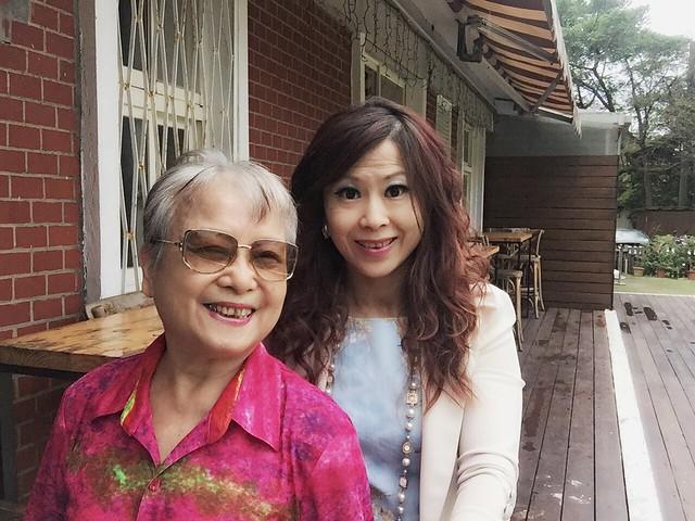 環保阿嬤與女雸約會草山 (22)