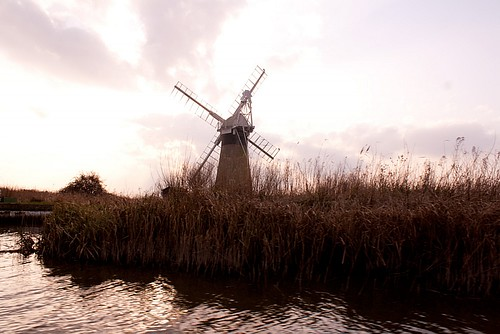 windmill-silhouette7