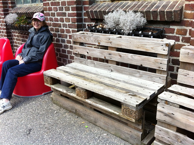 benches made out of pallets | Flickr - Photo Sharing!