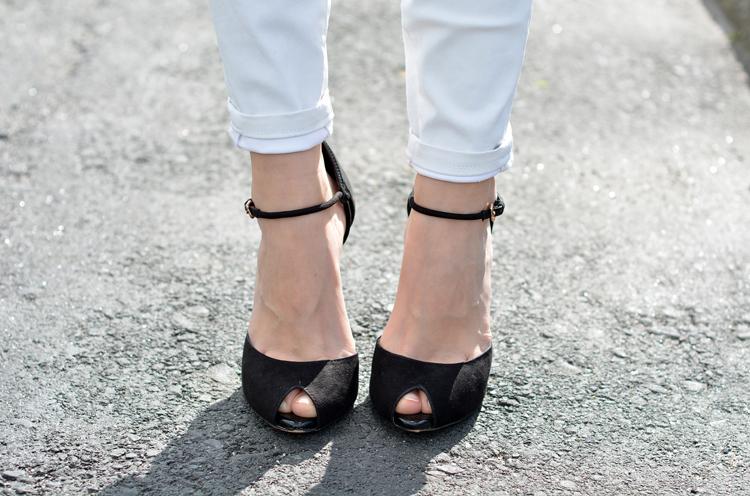 zara_amarillo_blanco_jeans_fringe_como_combinar_sheinside_09