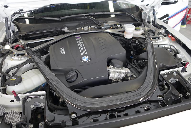 BMW M235iレーシング