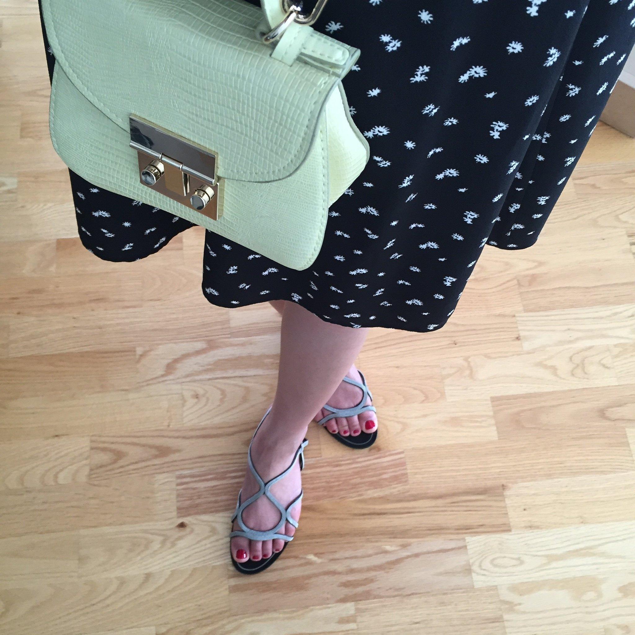 Zara Flat Chain Sandals (item no. 2260/001)