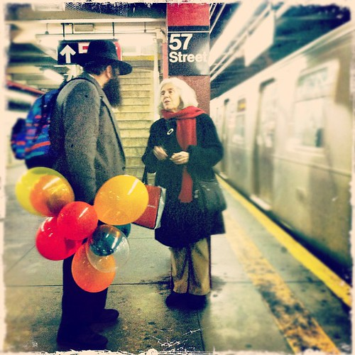 #baloons on the #subway, #nyc | by ninafrazier