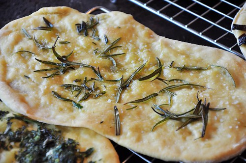 Rosemary and Sea Salt Flatbread Pizza | by tofu666