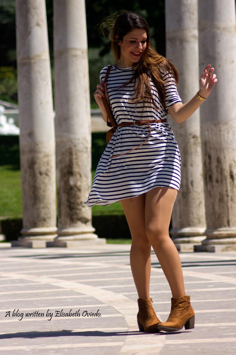 vestido-marinero-con-botines-marrones-MARYPAZ-(22)---copia-HEELSANDROSES
