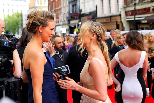 BAFTA Red Carpet 2015 (37)