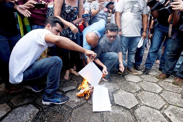 Sintepp queima ordem judicial
