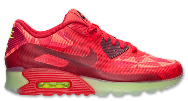 30 Sneakers You Wouldn't Expect to Be on Sale Right Now 22