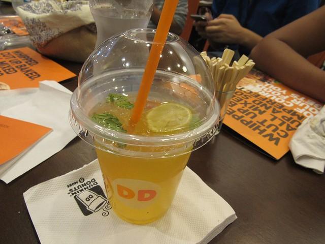 6-Dunkin-Donuts-Phoenix-Mall-Chennai-Lemon-Iced-Tea