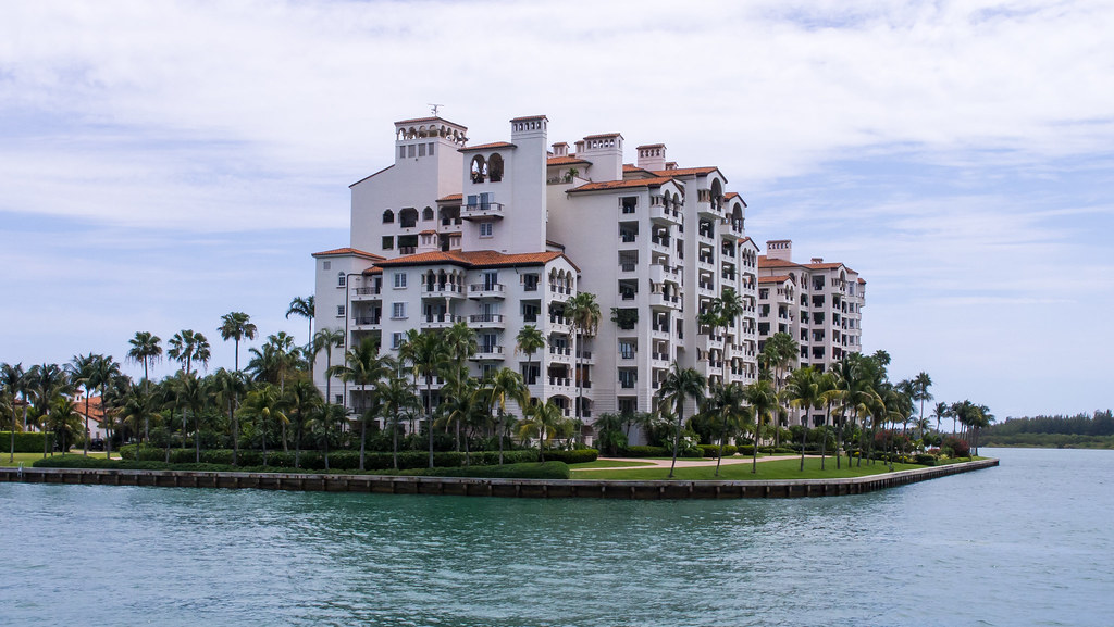 Fisher Island, Biscayne Bay sightseeing boat trip