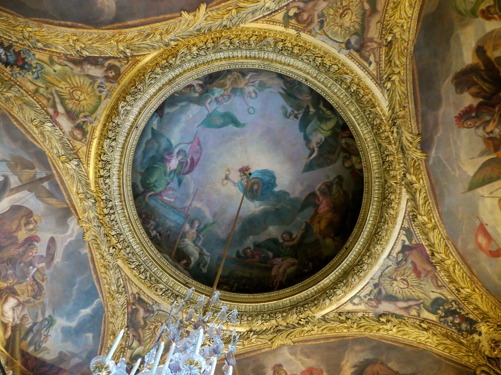 Versailles yvelines le salon de la guerre au 1er tage d - Le salon de la photo ...