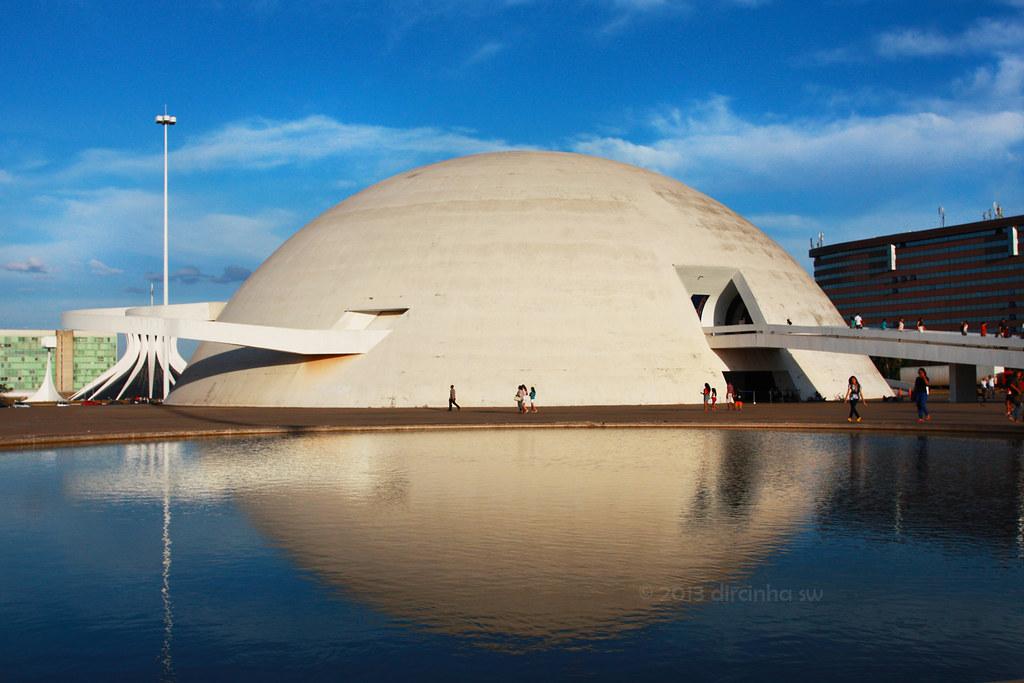 Museu nacional honestino guimar es bras lia o museu - Arquitecto de brasilia ...