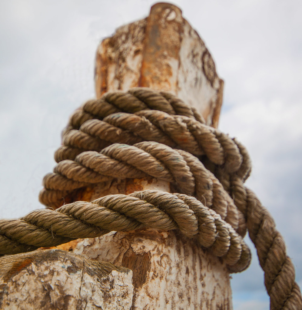 Boat Rope   Lovely bit of old rope on a fishing boat at ...